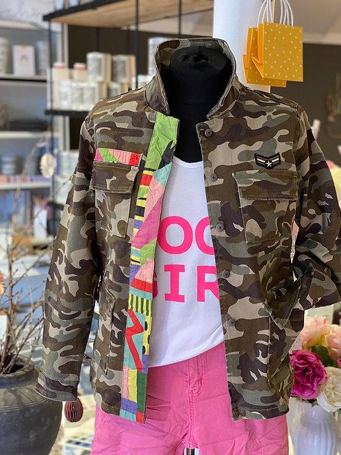 Geisha - Trendige Jacke in Camouflage mit bunten Details