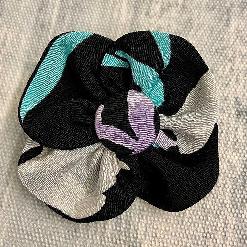 Pansy Pin--Black with Purple