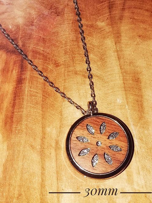 Collier diffuseur d'huiles essentielles bois