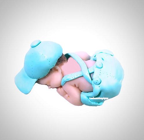 adorable bébé garçon short casquette vert en fimo : baby shower decorations