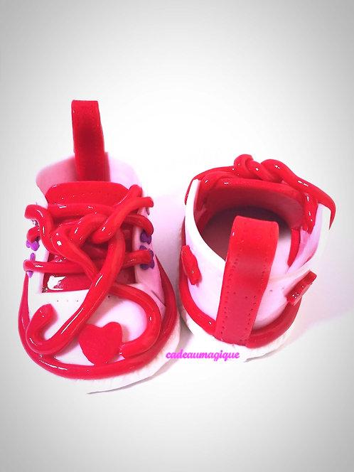 chaussures bébé converse rose fimo : cadeau naissance personnalise
