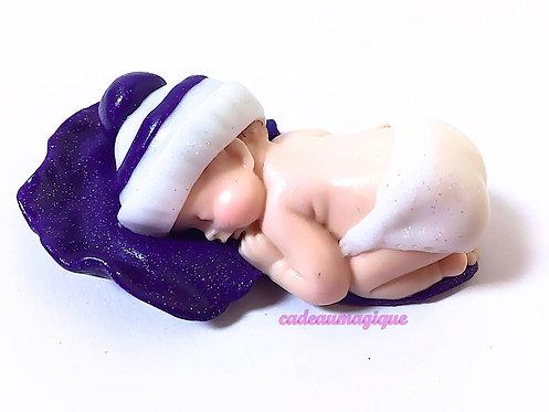 nouveau-né en fimo : annonce grossesse - cadeau personnalisable
