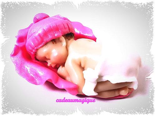 Bébé fille bonnet naissance fuchsia fimo-annonce grossesse