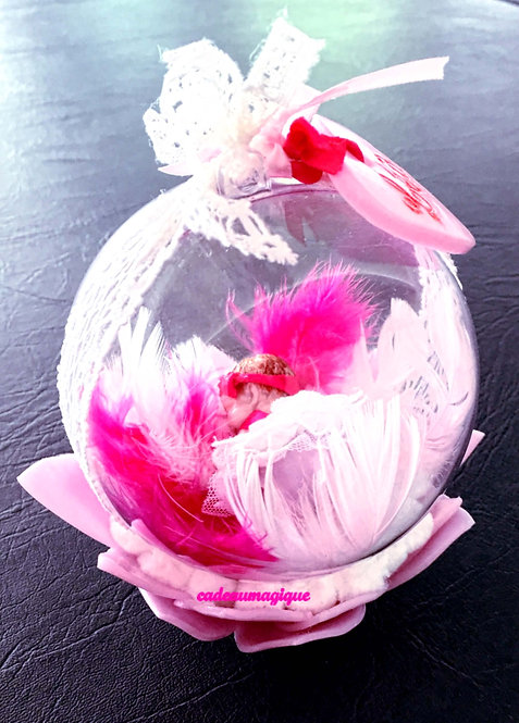 boule bébé fille fleur rose en fimo : decoration de table