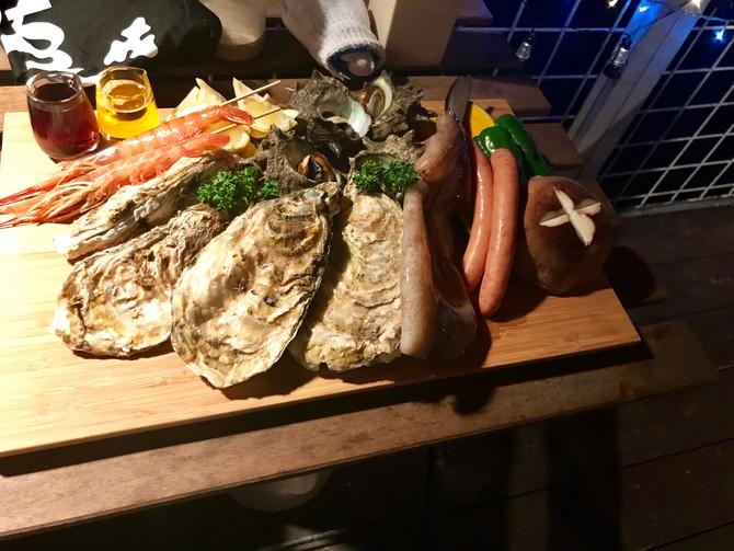 夜の海鮮BBQ。