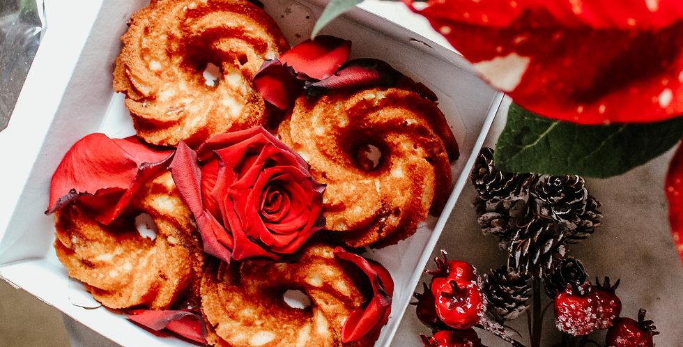Ensemble de 4 minis gâteaux au rhum