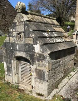 St Guron well