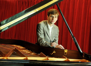 Ancien CFPM - Simon Grégorcic - pianiste, professeur de piano, arrangeur et compositeur