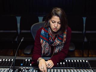 Madly STOCK - Formatrice CFPM spécialisée en techniques du son