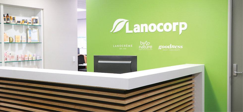 reception_desk.jpg