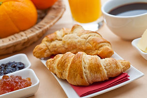 Montebello Guesthouse breakfast buffet
