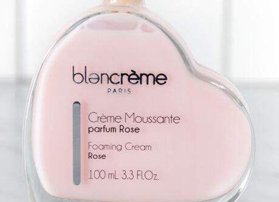 Crème moussante Rose