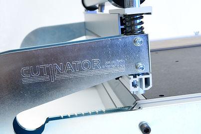 Weltneuheit cutinator XL-360° feiert Erfolg auf der Bau mit Längsschnitten