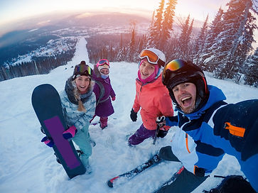 Lifestyle - Skiing.jpeg