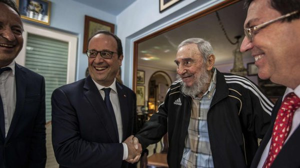 Quand Hollande se réjouit de rencontrer Fidel Castro