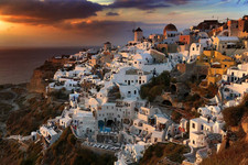 PSA Gold Medal - Color -  Oia before sunset - Albert Peer - Austria
