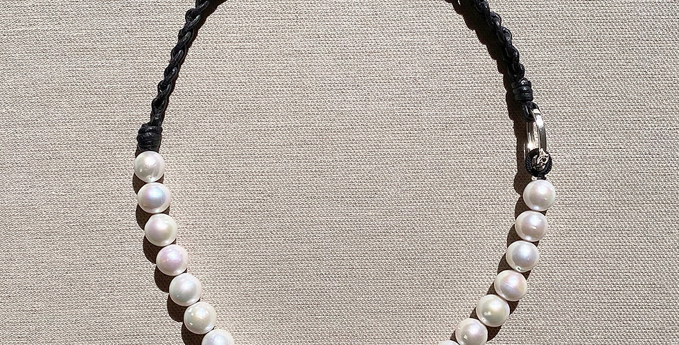 Marge Necklace (white)