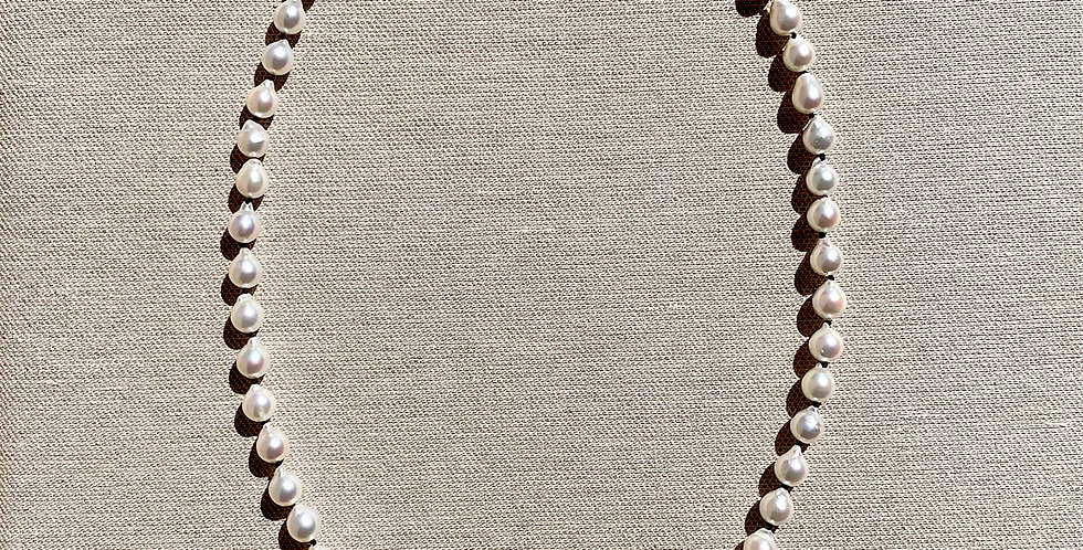 Love Necklace (akoya pearl)