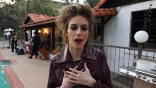 """Billie Eilish - """"Bury A Friend"""" (ASL Video)"""