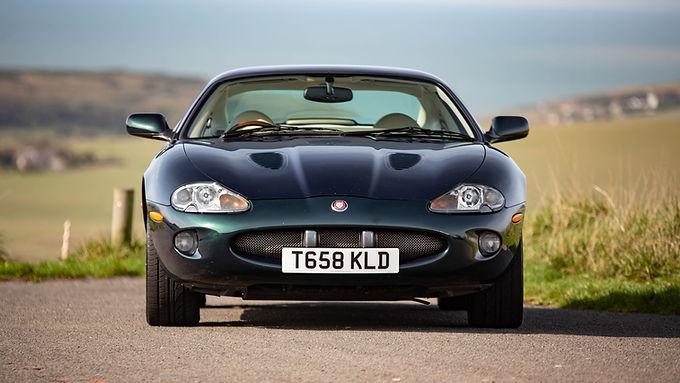 1999 Jaguar XKR 4.0L Supercharged