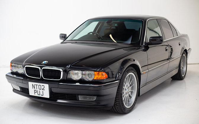 2001 BMW 735i (e38)