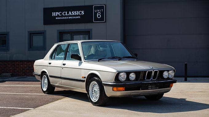 1987 BMW 520i (e28)