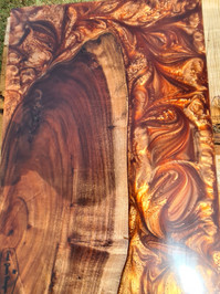 Gold resin and black wattle serving board
