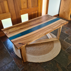 Camphor laurel resin river coffee table
