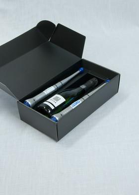 Open zwarte doos