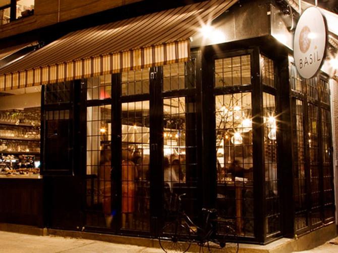 Kosher restaurants are pushing forward in one Hasidic, but rapidly gentrifying, Brooklyn neighborhoo
