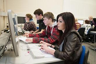 70943_Mac_Suite_Sussex_Downs_College_xgaplus.jpg