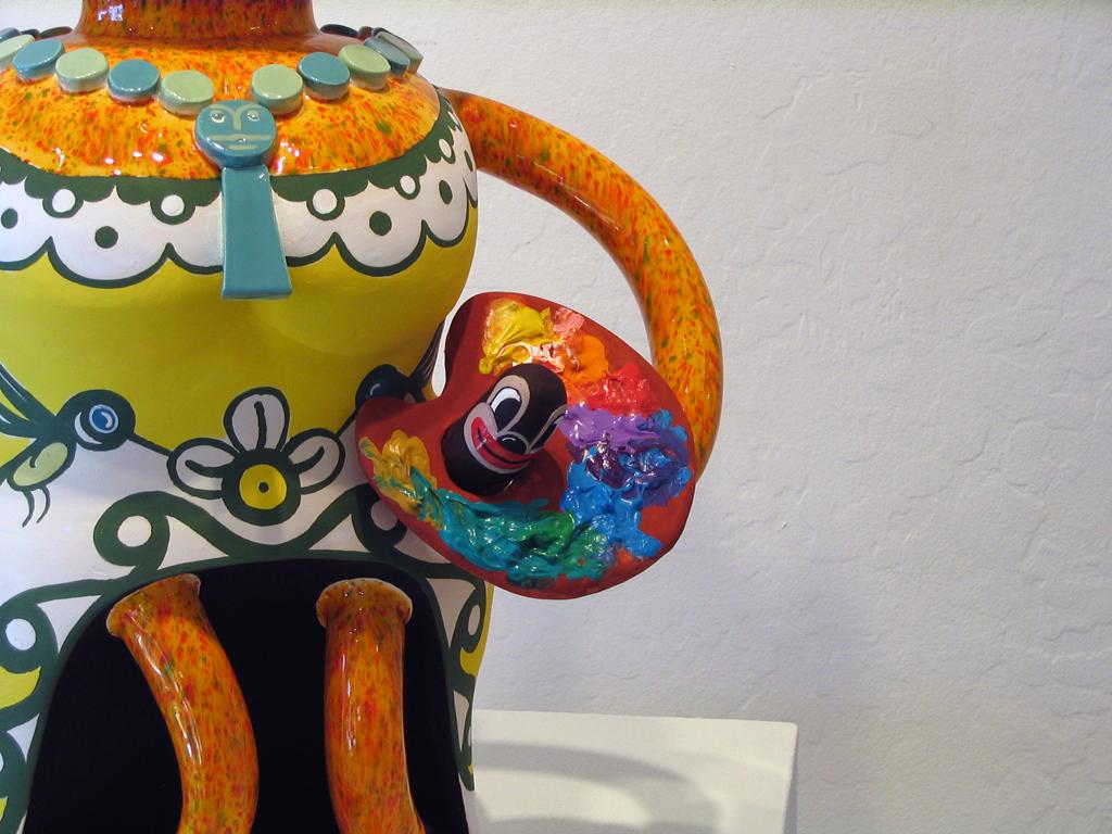 Frida Kahlo Bunny detail