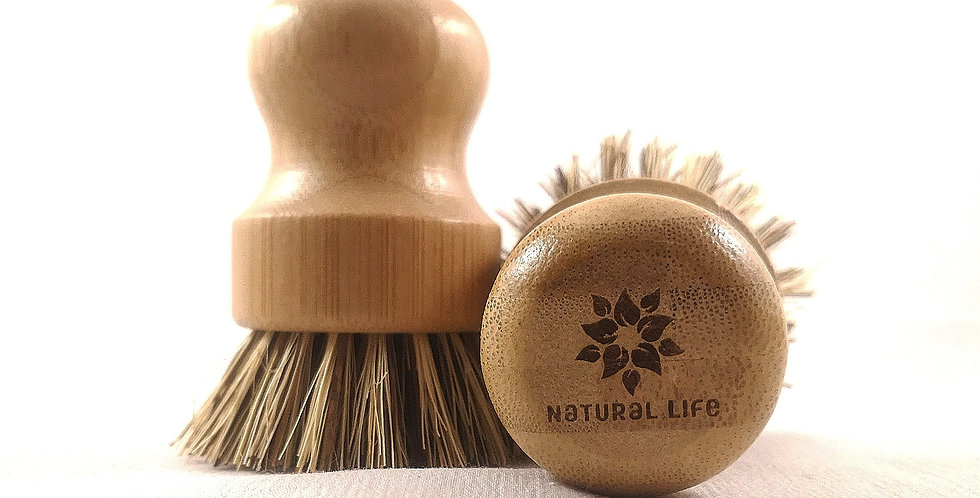 Bamboo pot scrubber with palm fiber bristles