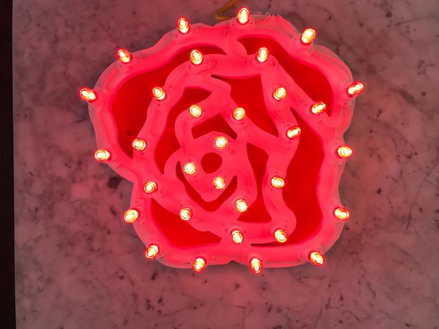 rosa, legno eluminaria, cm 50x50.jpeg