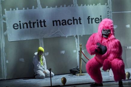 Schwarzwasser_Akademietheater_c_Horn_372