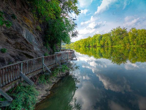Ijams Boardwalk overthe Tennessee River