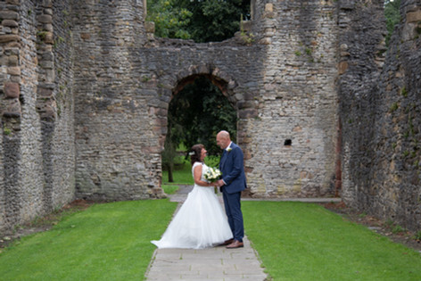 Dudley Registry Office Wedding Photographer In Ruins.