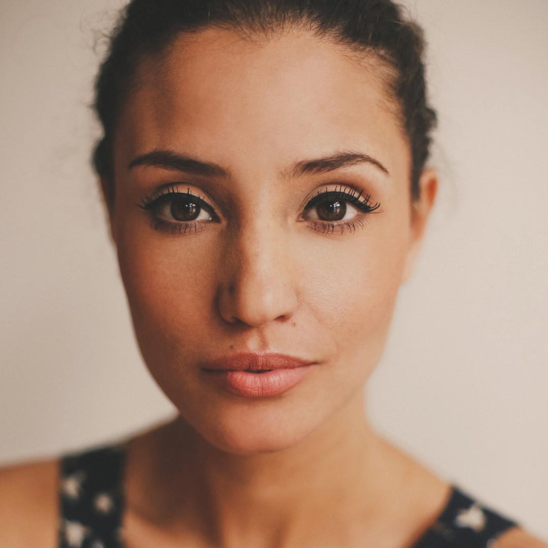 Schauspielerin - Nadine Menz