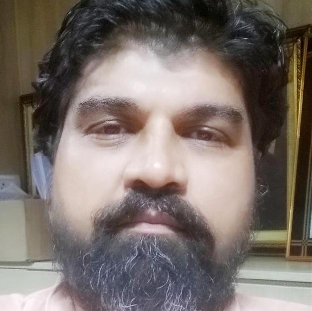Artist Dinesh Agarwal