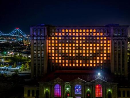 Detroit Train Station Halloween Magic!