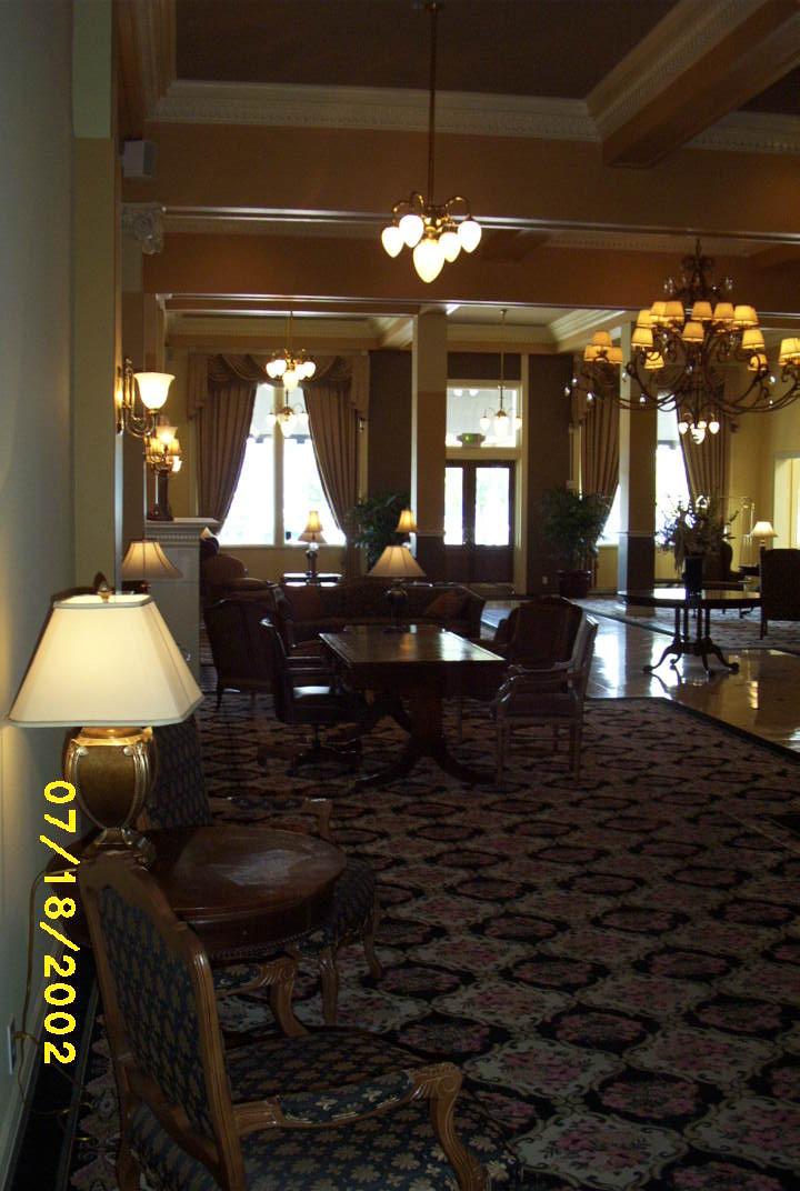 Peery Hotel (6).jpg