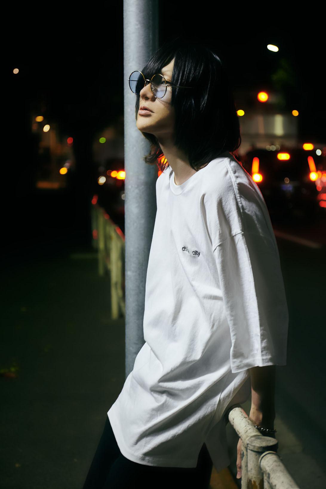 """chiba city, wakabaku, pm6:30.""  big silhouette tee"