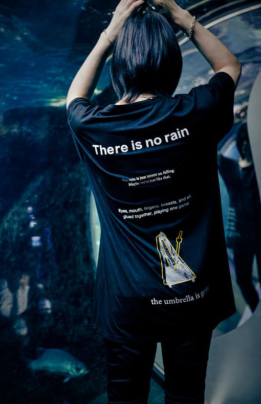 """""""swimming in the rain"""" tee"""