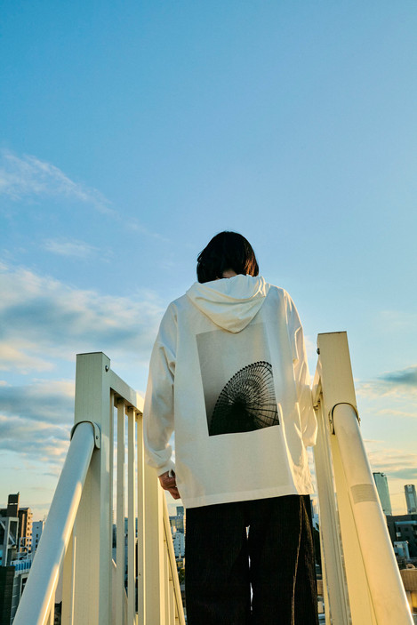 """""""re:play"""" docking cut saw hooded parka"""
