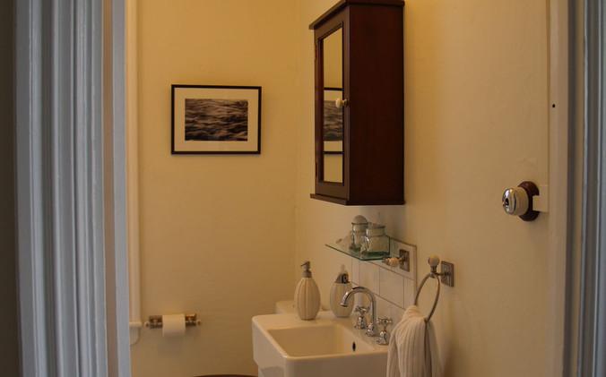 Beatson Cottage - Bathroom