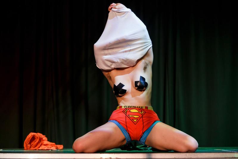 Lavrak Circus