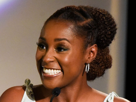 [WATCH]: Issa Rae's Entrepreneur Acceptance Speech Is EVERYTHING!!