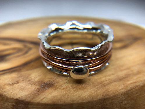 Ruffled Spinner Ring