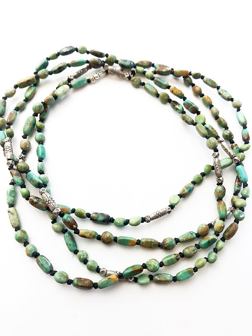LongTurquoise & Silver Bead Necklace