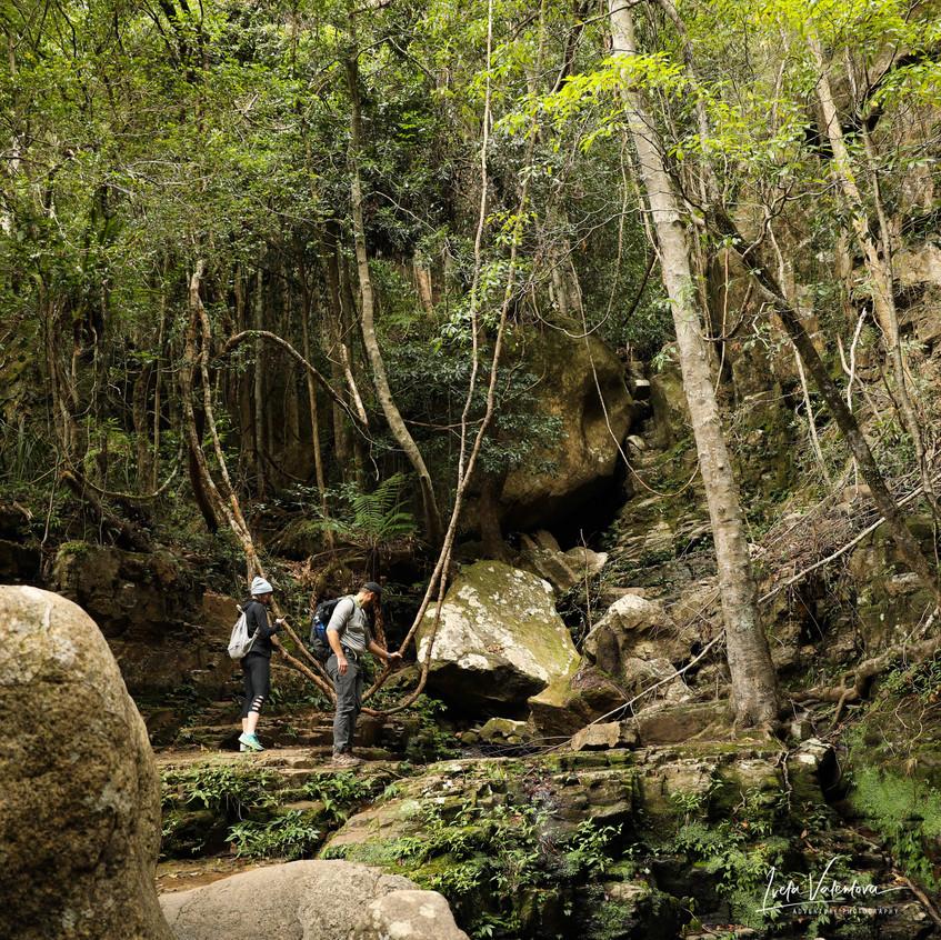 Boulders at Mulangong Falls